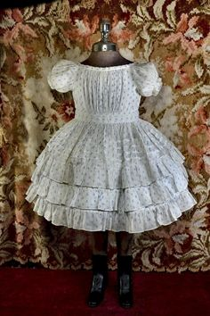 Summer Dress, French Blue Flower Print on Semi-Sheer White Cotton, Layers of Ruffles, Large Doll, Small Child - My favorite children's fashion list Sexy Dresses, Casual Dresses, Girls Dresses, Summer Dresses, Antique Clothing, Historical Clothing, French Fashion, Vintage Fashion, American Girl