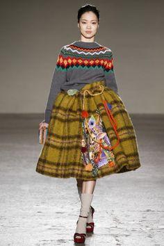 Stella Jean, mfw, Миланская неделя моды, осень-зима 2015-2016, модные вязаные тренды, knitwear, джемпер с этническим узором (фото 2)
