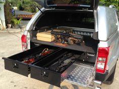 HardtopsUK :: Nissan Navara Low Tray Bins