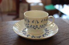 Arabia Finland, Vanamo, designer Esteri Tomula, 1973-74 Vintage Cups, Retro Vintage, Coffee Cups, Tea Cups, Kitchenware, Tableware, Ceramic Design, Shades Of Blue, Cup And Saucer
