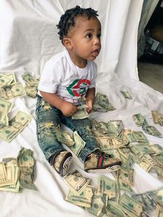 Cash out baby boy 💋 Young Boys Fashion, Baby Boy Fashion, Kids Fashion, Cute Kids, Cute Babies, Baby Kids, Baby Boy Swag, Kid Swag, Braids For Boys
