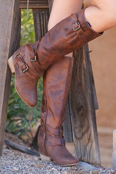 A Hidden Gem Boots - Tan