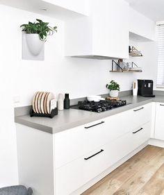 Trendy Home Kitchen Interior Kitchen Interior, New Kitchen, Interior Design Living Room, Kitchen Dining, Beautiful Kitchen Designs, Beautiful Kitchens, Rustic Kitchen Design, Trendy Home, Kitchen Styling