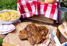 Mustáros-fűszeres pácolt tarja Hamburger, Bbq, Pork, Menu, Chicken, Crickets, Barbecue, Kale Stir Fry, Menu Board Design