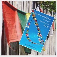 """Heute ist Rezensionstag! Denn schon wartet die nächste #rezension auf meinem Blog auf euch 😊 dieses Mal entführe ich euch nach Nepal mit einem Reiseführer, der tatsächlich jedoch ein ReiseVERführer ist, aber lest selbst.... 🇳🇵 🇳🇵🇳🇵🇳🇵🇳🇵🇳🇵🇳🇵🇳🇵🇳🇵🇳🇵🇳🇵🇳🇵 Kein Reiseführer im klassischen Sinn, eher ein """"Reiseverführer"""" will das vorliegende Buch sein. Nepal ist ein außergewöhnliches Reiseland, nicht nur für Extrembergsteiger, sondern auch für Trekker, Bergwanderer und ... Nepal, Blog, Cover, Prayer Flags, Book Presentation, Authors, Reading, Blogging"""