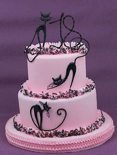 Sophisticated Black Cat Cake-L'amore e vita (Cats Cakes Album) Girly Cakes, Fancy Cakes, Cute Cakes, Pretty Cakes, Birthday Cake For Cat, Birthday Cakes For Women, Gorgeous Cakes, Amazing Cakes, Animal Cakes