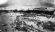 Saturday morning sales on the Grand Parade in 1894 Cities In Africa, Old Photos, Vintage Photos, Beach Tops, Most Beautiful Cities, Historical Pictures, African History, Saturday Morning, Cape Town