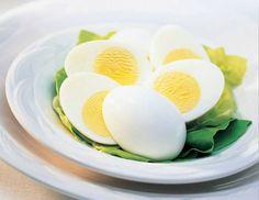 Prato com ovos cozidos