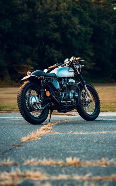 Life is good on the CB750. Cb750 Cafe Racer, Cafe Racer Motorcycle, Motorcycle Gear, Honda Cb750, Motorbikes, Bullet, Biker, Motorcycles, Pure Products