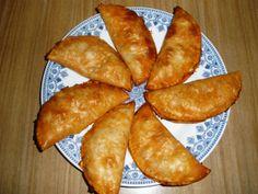 Mi bloguico de Cocina: Empanadillas Rellenas de Salchichas y Chorizo
