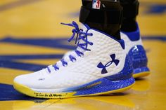 stephen.curry+shoes | Stephen Curry in the home colorway of his Under Armour signature shoe ...