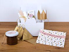 """Geschenkbox:+Happy+Happy+Birthday+""""Triangel""""+von+feierschick+auf+DaWanda.com"""
