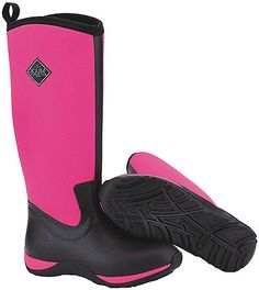 Muck Women's Arctic Adventure Boot Features: Black/Hot Pink Neoprene Upper, Stretch-Fit Topline Binding, 4MM CR Flex-Foam Bootie with Four-Way Stretch Nylon, 100% Waterproof, Fleece Lined, EVA Midsole, Rubber Outsole