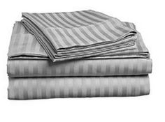 I want some of these, great gift idea! Italian 1500 Thread Count 4pc Queen Sheet Set $24.99 - A Thrifty Mom