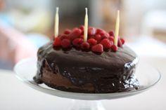 Chocolate rasberry birthday cake. Going to make this tonight for my mommas birthday tomorrow :) wish me luck!