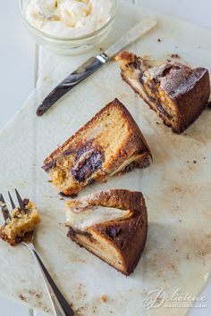 Pear Chocolate and Cardamom Cake recipe | ledelicieux.com #glutenfree