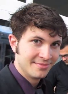 dangit #tobyturner, purple looks so good on you  @Lydbuscus815