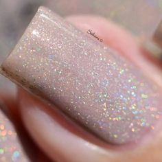 Discover new and inspirational nail art for your short nail designs. Learn with step by step instructions and recreate these designs in your very own home. Blush Pink Nails, Pink Nail Polish, Pink Sparkle Nails, Glitter Nails, Nail Pink, Cute Short Nails, Trendy Nails, Nail Shapes Squoval, Nail Design Kit