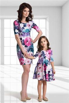 Every parents who had a daughter must understand that sometimes we want to make them wearing a pretty floral dress, especially in a special occasion like a wedding party or to a family gathering. Mommy And Me Dresses, Mommy And Me Outfits, Little Girl Dresses, Kids Outfits, Girls Dresses, Mother Daughter Matching Outfits, Mother Daughter Fashion, Mom Daughter, Matching Family Outfits