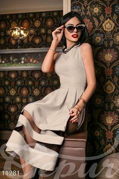 Вечернее платье из габардина с двумя вставками, цвет на выбор, Gepur за 985 руб. .