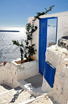 The Blue Door in Oia - Santorini