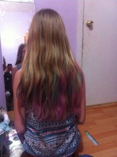 Me and my friend learned how to make hair chalk by ourselves!!!
