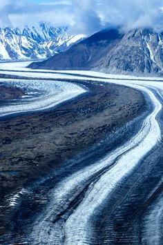 Glacial Highway   -   Kluane National Park  - Yukon Territory     -    2014    -    Gordon Ashby photography    -    https://www.flickr.com/photos/47033312@N08/15177100098/
