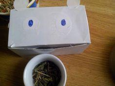 Nie masz gdzie włożyć ziółek? Użyj pudełka po herbacie, papieru samoprzylepnego, pisaka, nożyczek i GOTOWE!