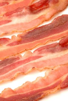 Love bacon? Here is a list of some of the most common labels that appear on #bacon (and what they mean), helping you find the best bacon for your buck: http://www.recipe.com/blogs/cooking/bacon-know-your-label-lingo/?socsrc=recpinn102612labellingobacon