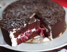 Comment confectionner un gâteau Forêt Noire comme un grand pâtissier - Recettes - Ma Fourchette