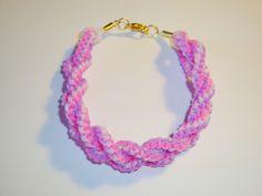 Bracelet scoubidou rose de Les petits bijoux de Léna - La boutique sur DaWanda.com