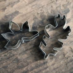 leaf-shaped cookie cutters