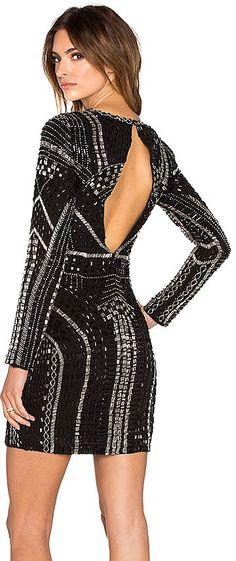Pin for Later: 44 Alternatives à la Collection Balmain x H&M  Parker - Robe noire Vegas  (538€)