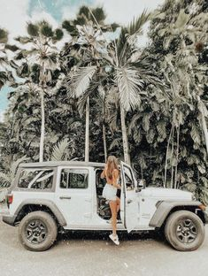 Discover recipes, home ideas, style inspiration and other ideas to try. Beach Aesthetic, Summer Aesthetic, Travel Aesthetic, Aesthetic Photo, Aesthetic Pictures, Aesthetic Backgrounds, Aesthetic Iphone Wallpaper, Cute Photos, Cute Pictures