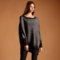 Oversized jumper in black & white