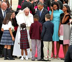 Michelle Obama, Daughters Malia and Sasha Don Ladylike Dresses to Meet Pope Francis: Get All the Details Here - Yahoo Celebrity