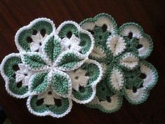free pattern:. Two contrasting colors, interesting effect when joining these motifs