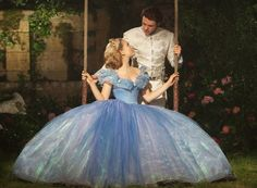 Lily James & Richard Madden in Cinderella 2015