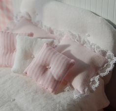 Dollhouse Miniature Shabby Chic White Fabric by Memoriesnminiature AJ: look at those pillows!!)