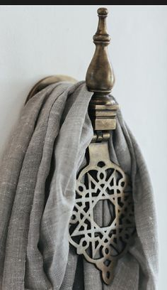 Exotic hanging hook. Image source: Manyara Home