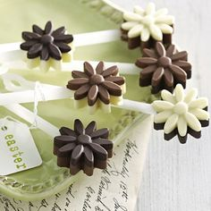 Lovely flower moulds for sweet springtime chocolates #chocolate