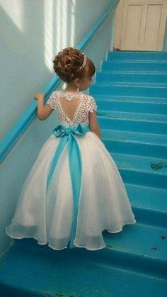 Ball Gown Round Neck Light Champagne Tulle Flower Girl Dress with Appliques Pretty Flower Girl Dresses, Tulle Flower Girl, Little Girl Dresses, Girls Dresses, Gowns For Girls, Beautiful Dresses, Dress With Bow, The Dress, Dress Lace