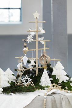 Wooden christmas tree www.pandurohobby.com Christmas Decor by Panduro #christmas #decoration #DIY #ornaments #christamstree #julgran #trägran #jul #Scandinavian