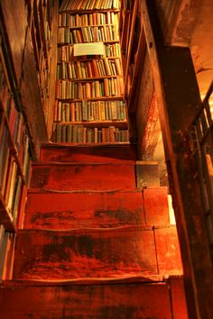 Bookshop Stairs, Shakespeare  Co....photo by Tuuli Saarikoski.