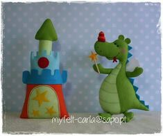 In the imagination of boys live castles, dragons and lots of color . Crafts To Do, Felt Crafts, Crafts For Kids, Diy Projects For Kids, Sewing Projects, Sewing Crafts, Felt Patterns, Stuffed Toys Patterns, Castle Crafts