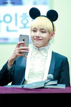 #taehyung #v #bts  Cr. On pic