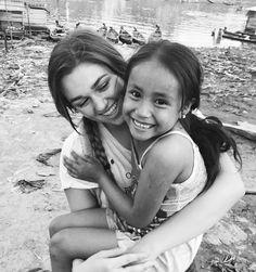 Sadie Robertson Peace Corps, Dream Job, Sadie Robertson, Mission Trips, Selfies, Haiti, Gods Love, Just Love, Smile