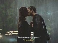 Find images and videos about couple, the vampire diaries and tvd on We Heart It - the app to get lost in what you love. Vampire Diaries Damon, Vampire Diaries Poster, Vampire Diaries Wallpaper, Vampire Diaries Quotes, Vampire Diaries The Originals, Delena, Cute Couples Goals, Couple Goals, Daimon Salvatore