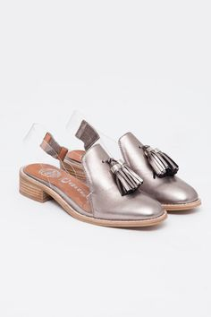 Jeffrey Campbell - Pewter Tromp L'oeil Lawless Loafer https://www.shopacrimony.com/products/jeffrey-campbell-pewter-tromp-loeil-lawless-loafer