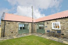 Sheep Pen Cottage sleeps 4 persons only 3 miles from Durham City centre surrounded by peaceful countryside 5 Star rated